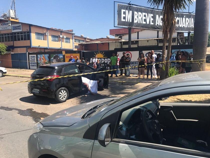 Travesti é morta a tiros ao deixar motel com namorado em Taguatinga Sul, no Distrito Federal