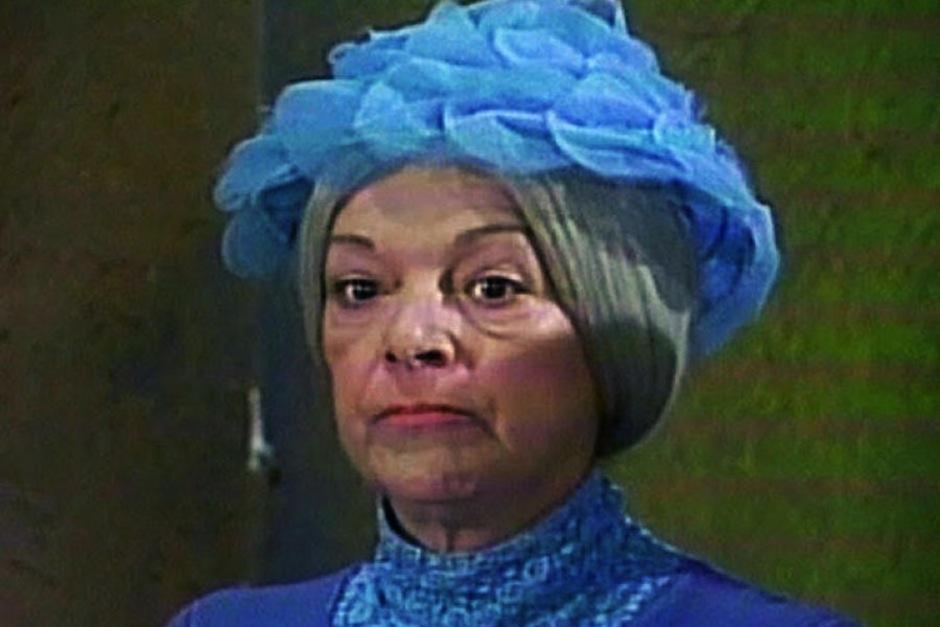 Vestido azul da Bruxa do 71 será leiloado no México
