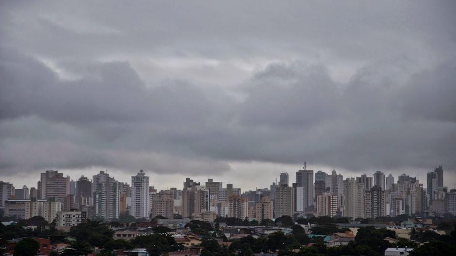 Fim de semana com pancadas de chuvas isoladas em Goiás