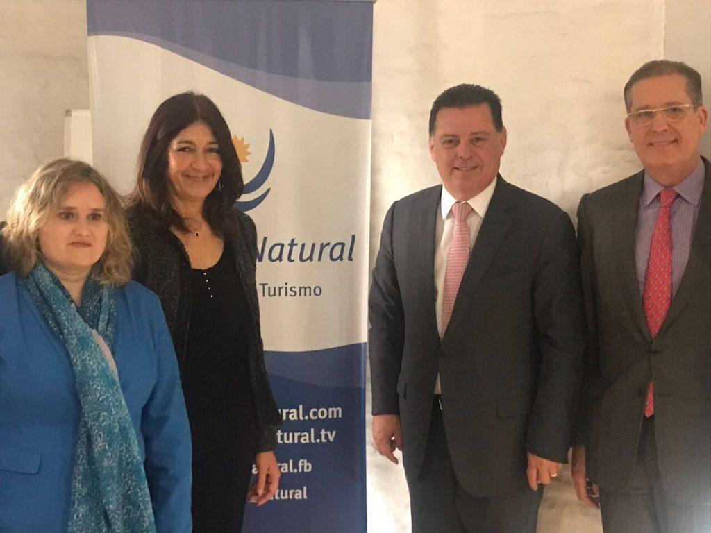 Marconi estabelece cooperação com governo do Uruguai nas áreas de educação, cultura e turismo