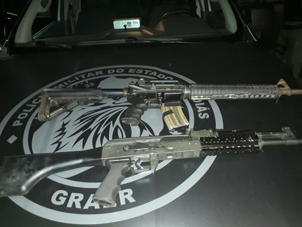 Graer apreende dois fuzis de guerra em Goiânia