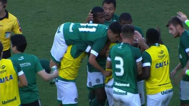 Goiás segura vitória contra o Paysandu e deixa o Z-4