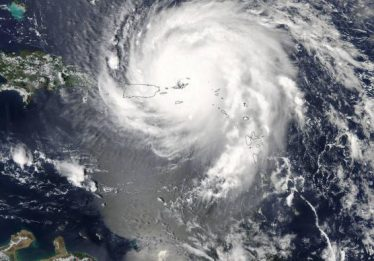 Cientistas dizem que furacões como o Irma são evidência de aquecimento global