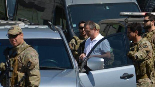 Joesley Batista e Ricardo Saud chegam a Brasília e vão ficar presos na Polícia Federal