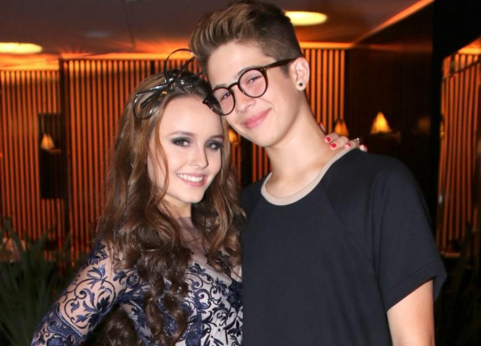 João Guilherme sugere 'amizade colorida' em foto de sua ex, Larissa Manoela