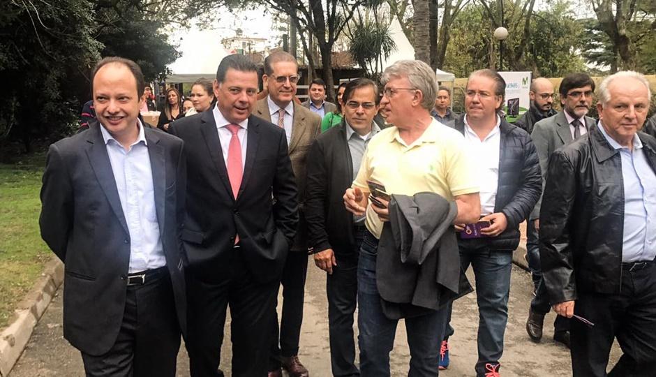 Marconi participa de exposição agroindustrial do Uruguai e apresenta economia goiana para investidores