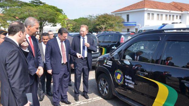Governo entrega 273 novas viaturas para frota policial