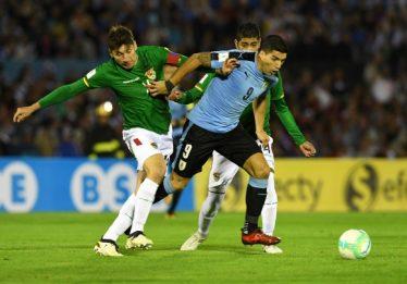 Uruguai passa fácil pela Bolívia e garante vaga na Copa do Mundo