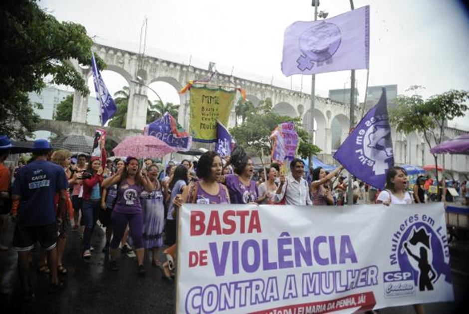 Senado muda Lei Maria da Penha e organizações pedem que Temer vete a proposta