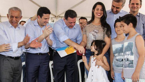 Marconi e ministro Bruno Araújo entregam 400 apartamentos no Vera Cruz II