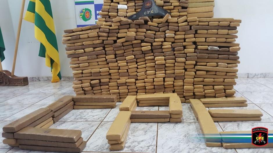 Três pessoas são presas com mais de 660 quilos de drogas, em Jataí