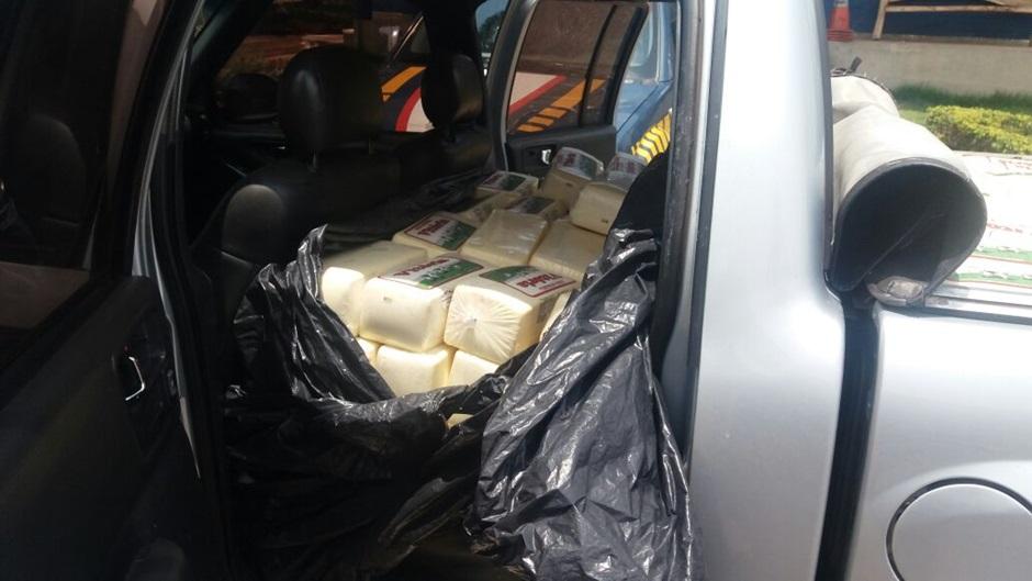 Empresário é detido com uma tonelada de queijo irregular na BR-153