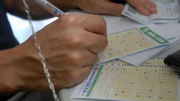 Com prêmio estimado em R$ 220 milhões, Mega-Sena da Virada já recebe apostas