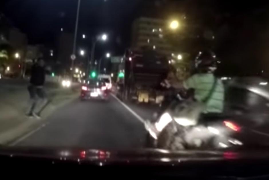 Após ter moto roubada, policial reage e mata bandido no Rio de Janeiro