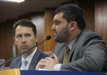 Secretário de finanças debate aumento do IPTU com vereadores