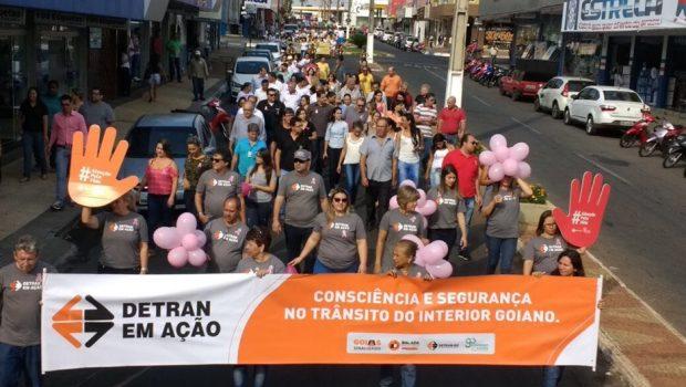 Mais de 900 pessoas participam do 1º dia do Detran em Ação em Morrinhos