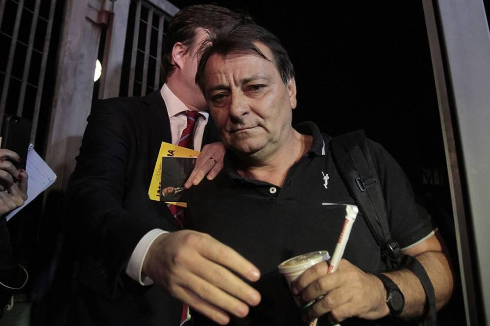Desembargador reverte decisão de Odilon de Oliveira e manda soltar Cesare Battisti