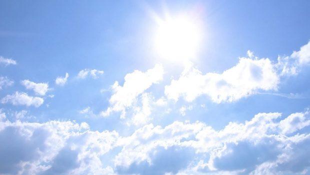 Céu claro com poucas nuvens predomina neste final de semana