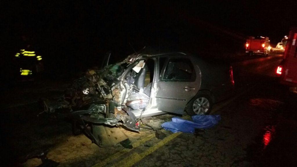 Casal morre após colisão fontal na BR-153, em Uruaçu