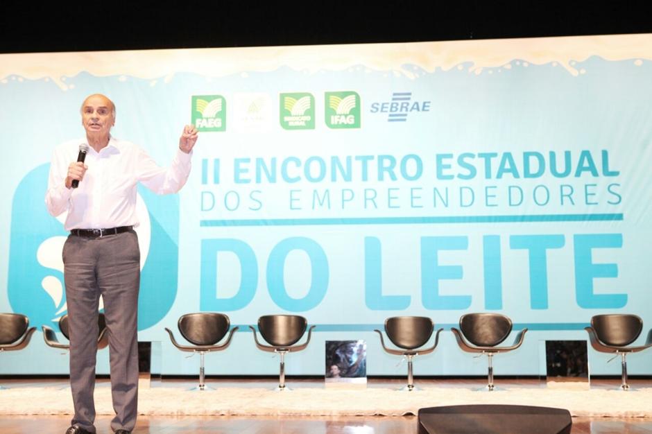 Em Goiânia, Drauzio Varella defende que é preciso incorporar o leite na dieta alimentar