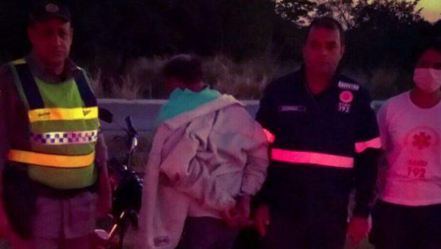 Motociclista bêbado é preso após sofrer acidente e tentar agredir socorristas do Samu, em Itaberaí