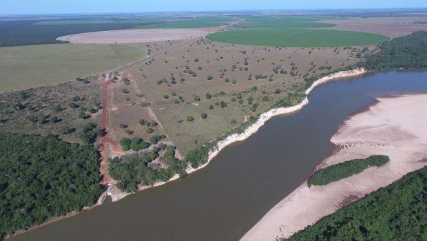 MPF e MP-GO quer suspender captação de água e irrigação irregular às margens do Rio Araguaia