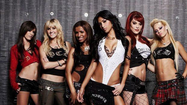 Ex-Pussycat Dolls, Kaya Jones, afirma que grupo servia como rede de prostituição