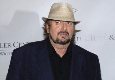 Diretor James Toback é acusado de assédio sexual por mais de 30 mulheres