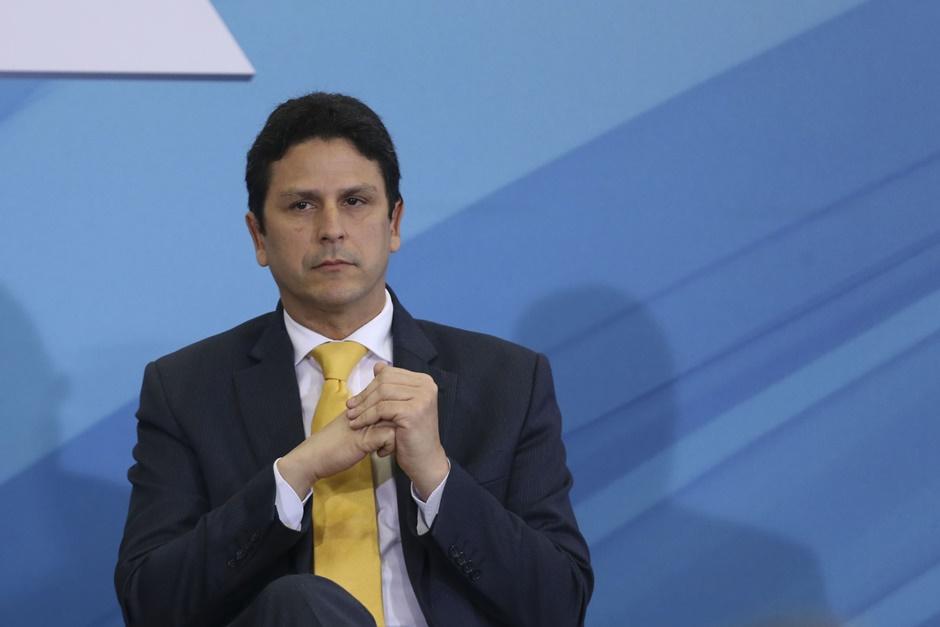 Bruno Araújo deixa o Ministério das Cidades