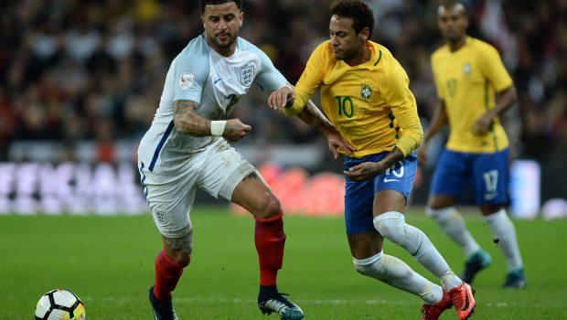 Seleção Brasileira para em retranca inglesa e fica no 0 a 0 no último amistoso do Ano