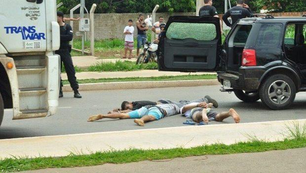 Homem morre e outro é baleado em tentativa de fuga de presídio