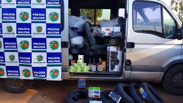 Polícia Militar apreende mercadorias sem nota fiscal na GO-050