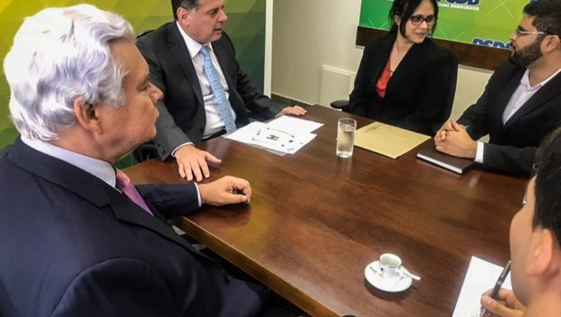 Marconi articula parceria bilateral com Bangladesh