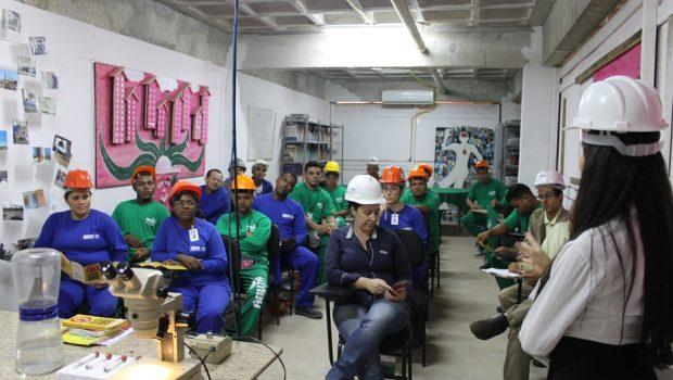 Trabalhadores da construção civil tornam-se caçadores de Aedes aegypti