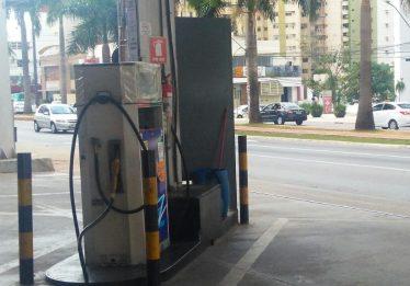 Projeto estabelece normas para construção de postos de combustíveis em Goiânia