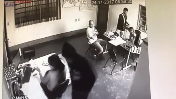 Homens se passam por clientes e assaltam empresa no Daiag, em Aparecida de Goiânia
