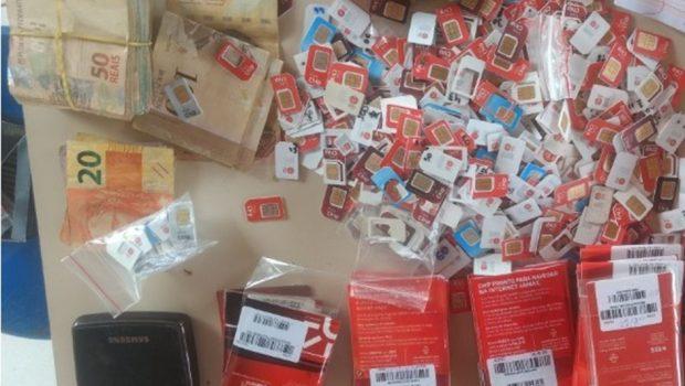 Homem é preso com chips de celular usados para praticar fraudes em Goiânia