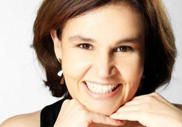 Atriz Claudia Rodrigues é internada às pressas em São Paulo