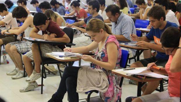 Mais de 6,7 milhões fazem primeira prova do Enem hoje; conheça as regras