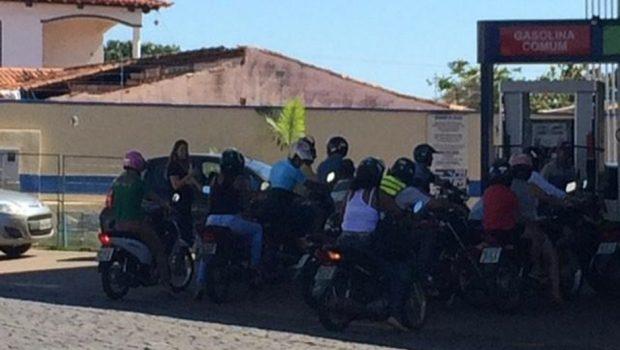 Falta de combustível atinge cerca de 10 cidades do interior de Goiás