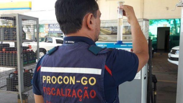 Procon Goiás ingressa com ação civil pública contra 60 postos de combustíveis em Goiânia