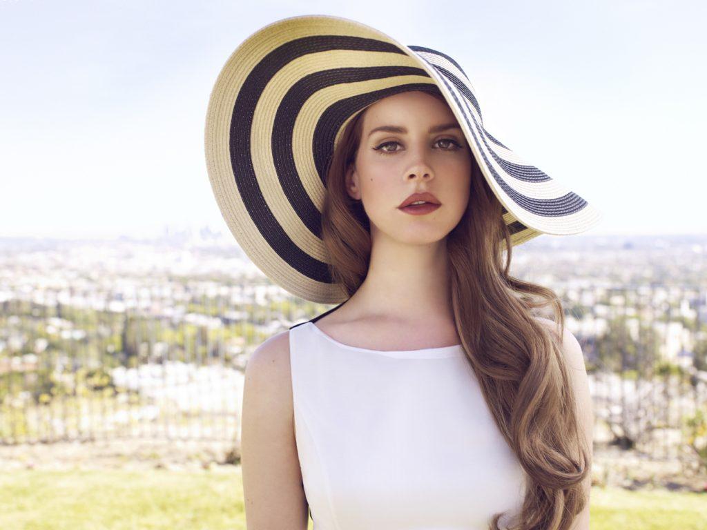 Lana del Rey não cantará 'Cola' por ser inspirada em Harvey Weinstein