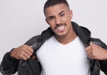 Após ser barrado no próprio show, MC Livinho cancela apresentação em Porto Alegre