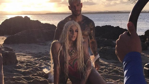 Lucas Lucco e Pabllo Vittar gravam clipe da música 'Paraíso' em praia da Bahia