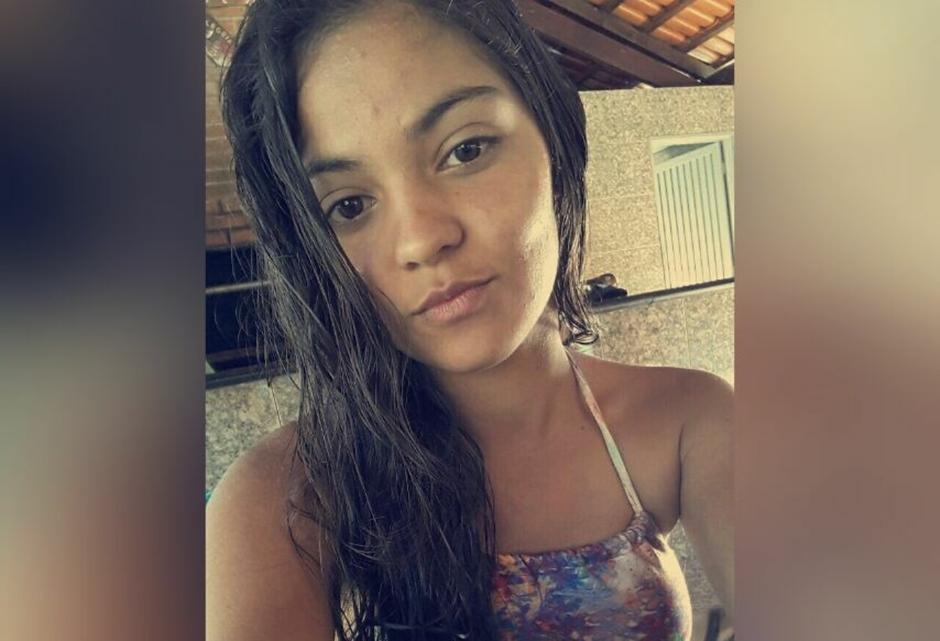 Raphaella Noviski, assassinada por atirador aos 16 anos enquanto assistia aula, em Alexânia (Foto: Reprodução/ Facebook)