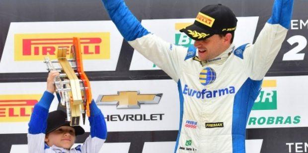 Daniel Serra e Átila Abreu vencem as corridas da etapa de Goiânia da Stock Car