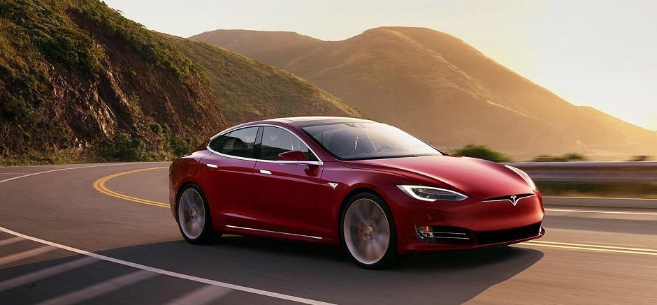 Funcionário processa Tesla por racismo