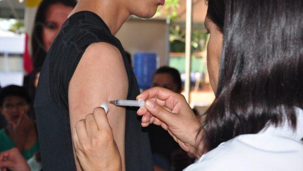 Secretaria de Saúde oferece seis tipos de vacinas no Mutirão da Prefeitura