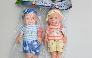 Deputados criticam bonecos entregues pela OVG