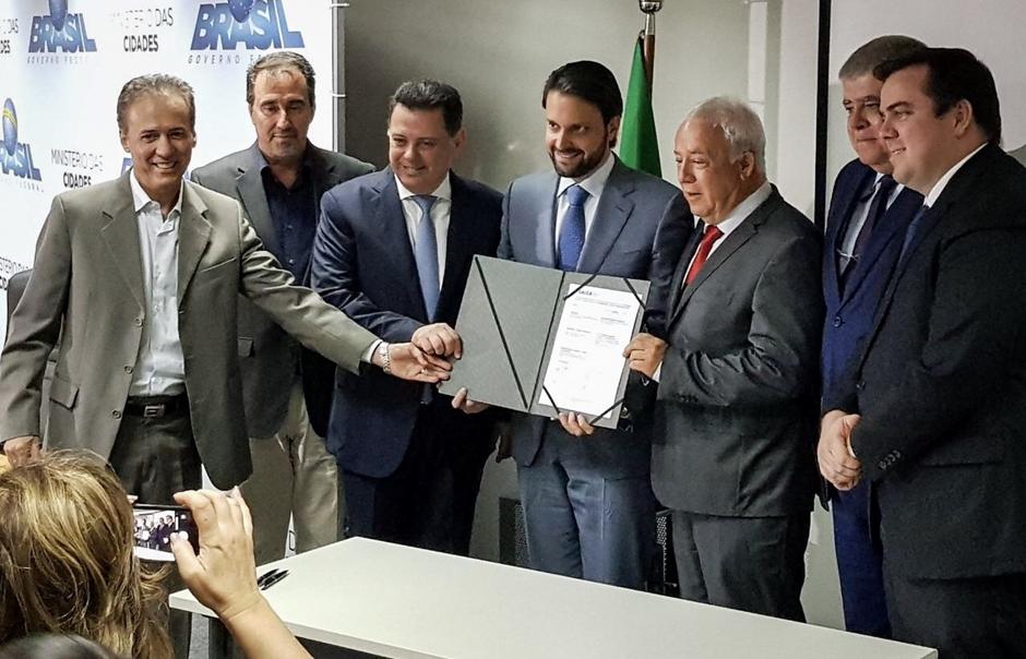 Caixa libera empréstimo de R$ 380 milhões para obras de saneamento em Goiás